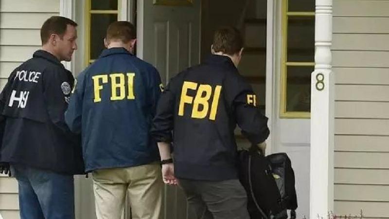 涉嫌盗取公司机密,华人工程师全家护照遭没收,恐将面临巨额罚款
