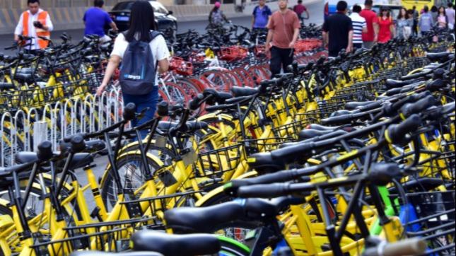 """共享单车投资大战后:一地鸡毛!共享单车的出路就只有""""死""""?"""