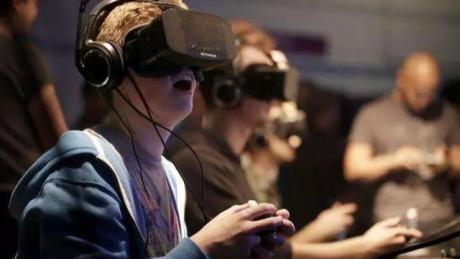 VR行业生意经: 靠加盟风生水起,做技术不见商业化
