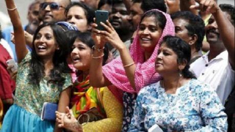 中国手机品牌抢占印度市场,竟使?#23601;?#21378;商无容身之处?