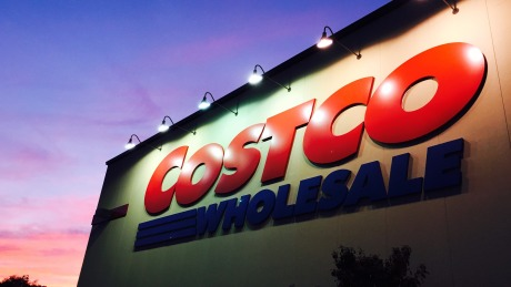 24页PPT:中美Costco对比,看Costco在中国有多大胜算?