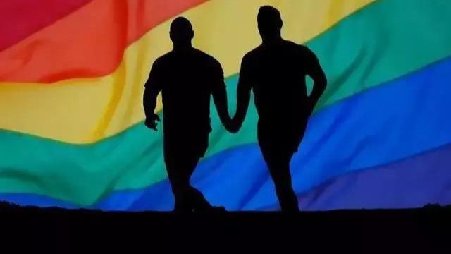 """谁是""""同性社交""""第一股?"""